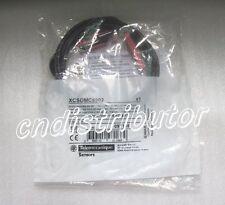Schneider Coded Magnetic Switch XCS-DMC5902 ( XCSDMC5902 ) New In Box !