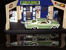 1995-1965 VINTAGE CHEVY IMPALA WITH GOLD MAG WHEELS AND RUBBER WHITE WALL TIRES!