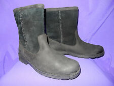 UGG Mens Size 11 Foerster Waterproof Leather and Suede Winter Boots BLACK New!!