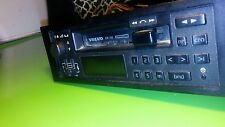 1987 VOLVO 240 CASSETTEE RADIO PLAYER MODEL NO. 8811  oem / 8Y280147A/
