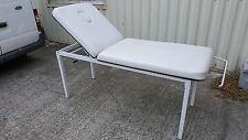 Table de massage fixe Bi-plan métallique Blanche