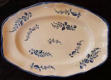 18/ Grand plat ovale ancien décor CHANTILLY (petites fleurs bleues)