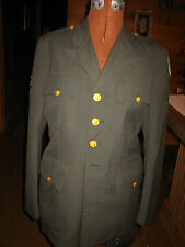 VINTAGE US ARMY GREEN SERVICE DRESS JACKET~SIZE 37R~MEN'S~FROM THE 70'S