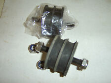 Rover P4 75/90/105/80/100/95/110 P5 3L Mk I Engine Mounting, Pair Part No 240140