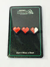 Pixel Heart Pin Don't Miss a Beat Gamer Block Nerd Block EXCLUSIVE January 2017