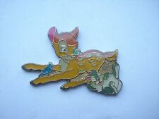 BAMBI & THUMPER DISNEY CARTOON FILM MOVIE COMIC BOOK RARE VINTAGE PIN BADGE 99p