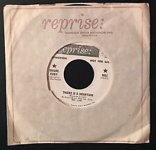 """DUANE EDDY - There is a Mountain / This Town 1968 1st Edition, 7"""" Promo 45 RARE"""