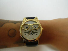 Montre fantaisie tête chat kitty hipster bracelet noir simili cuir originale