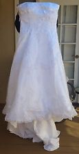 En Vogue Bridal Wedding Dress Style 4245 Size 18 White Silver Beads NEW Tagged
