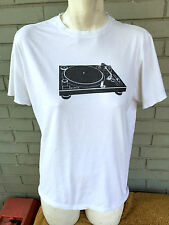Retro Vinyl Records Turntable T-Shirt Record Player Size Small