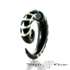 Horn Fake Ohr Piercing - Expander Ohrring Spirale Insekt Tribal weiss