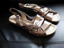 Ladies Size 8 K By Clarks Metallic Sandals Size 8 Shoes