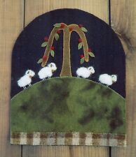 PRIMITIVE WOOL PENNY RUG PATTERN SHEEP WILLOW TREE NEEDLE FELTING *NEW*