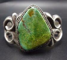 Vintage NAVAJO Sand Cast Sterling Silver & Green TURQUOISE Cuff BRACELET Small