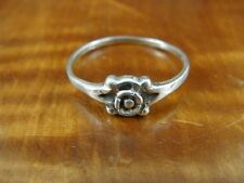 Flower Floral Design Dainty Sterling Silver 925 Ring Size 8