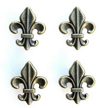 SET FOUR (4) ANTIQUE BRASS COLORED CABINET / DRAWER PULLS FLEUR DE LIS KNOBS