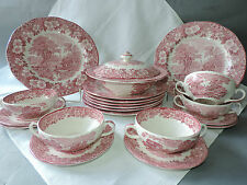 WEDGWOOD Speiseservice 6 Pers. 8 Speiset. 6 Suppent. 1Terrine Woodland Rot 22T.