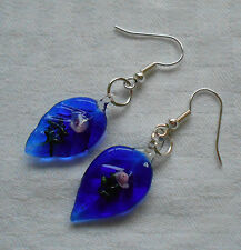 Beautiful murano glass earrings leaf shaped navy blue with little pink rose