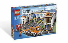 *NEW* LEGO City GARAGE 7642