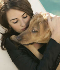 Penelope Cruz UNSIGNED photo - G965 - With her dog!!!!