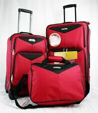 TRAVEL SELECT BAYFRONT 3 PIECE RED LIGHTWEIGHT LUGGAGE SET