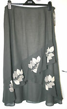 Jacques Vert UK16 EU44 green skirt with cream floral patterning and lining