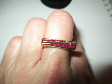 18k Yellow Gold Inlaid Ruby Ring Size 7