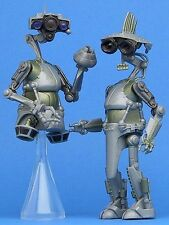 STAR WARS LOOSE AOTC ULTRA RARE SP-4 & JN-66 RESEARCH DROIDS MINT CONDITION.C-10