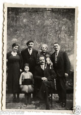 Famille enfant déguisé oriental chien sur épaule photo ancienne snapshot an.1930