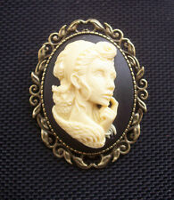 Day of Dead Girl Zombie Cameo in Antiqued Bronze Tone Brooch 50mm