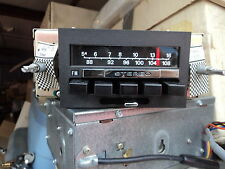FORD MUSTANG /LINCOLN AM/FM  STEREO RADIO NEW/NICE/COMES WITH CONTROL KNOBS