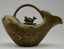 Asia Collectible Decorated Old Handwork Copper Carving Fish Bring Coin Tea Pot