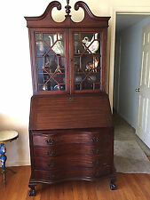 MADDOX Mahogany Governor Winthrop Chippendale Secretary Desk, Serpentine Front