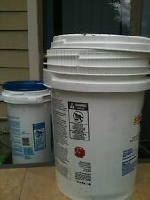 large bucket/hunting container/storage container with locking lids