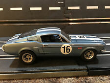 1/32 Carrera Ford Mustang GT #16 Blue ANALOG