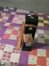 Cutty Sark (1992) Scots Whisky Bottle HINGED-LID TIN (Christopher Columbus)