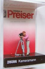HO Preiser 28086 Camera Man with Movie Camera  : 1/87 scale Individual Figure