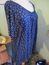 LADIES LONG BLUE FLORAL MIX TOP SIZE 22/24 EXC COND SPRING/SUMMER