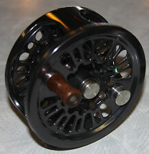 ABEL Super 12W Fly Fishing Reel NEW,  NEAR MINT Vented Side Plate Graphite Gray