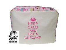Brodé KitchenAid Artisan Keep Calm Eat A Cupcake en rose couverture Mixeur Alimentaire