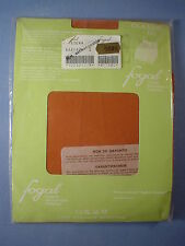 Fogal Style 122 Classic 17 Denier Pantyhose Size Small in Siena