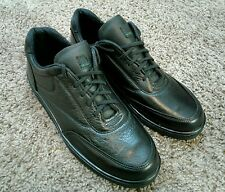 THOROGOOD by WEINBRENNER - black leather - work shoes (10.5 M) made in U.S.A.