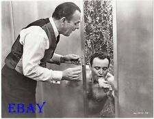 Jack Lemon barechested in shower VINTAGE Photo Terry-Thomas
