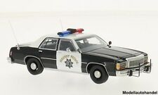 Ford LTD Crown victoria Noir/Blanc California Highway patrol 1987 1:43 Bos