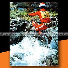 ★ MARTIN LAMPKIN sur BULTACO (TRIAL) ★ 1975 Mini-Poster Pilote Moto Photo #MP213