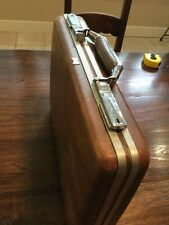 vintage midcentury American Tourister Escort hard side breifcase - brown - Keys