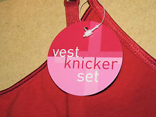 BNWT HOT-RED VEST AND KNICKER SET WITH SILVER STAR LOGO SIZE 8 95% COT 5% ELASTA