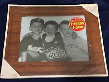 8x10 Friendship Frame Wooden Wood Words Laugh BNIB Picture Display Gift *D16