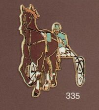 Pin's Demons & Merveilles SPORTS Polo cheval horse Hippisme sulky