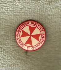 #D52.  MANLY WARRINGAH DISTRICT AMBULANCE  TIN BADGE